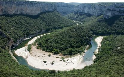 Découvrir l'Ardèche en toute saison