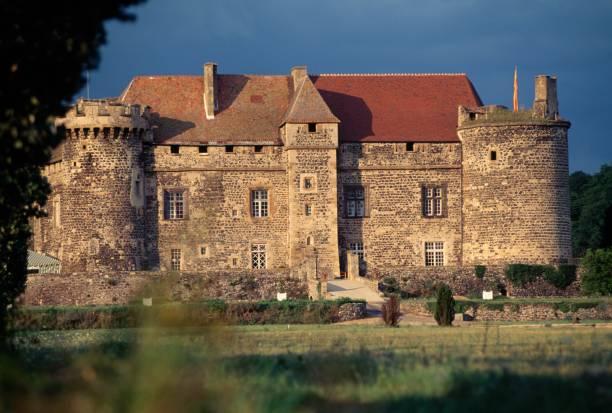 Château de Saint-Saturnin en Auvergne